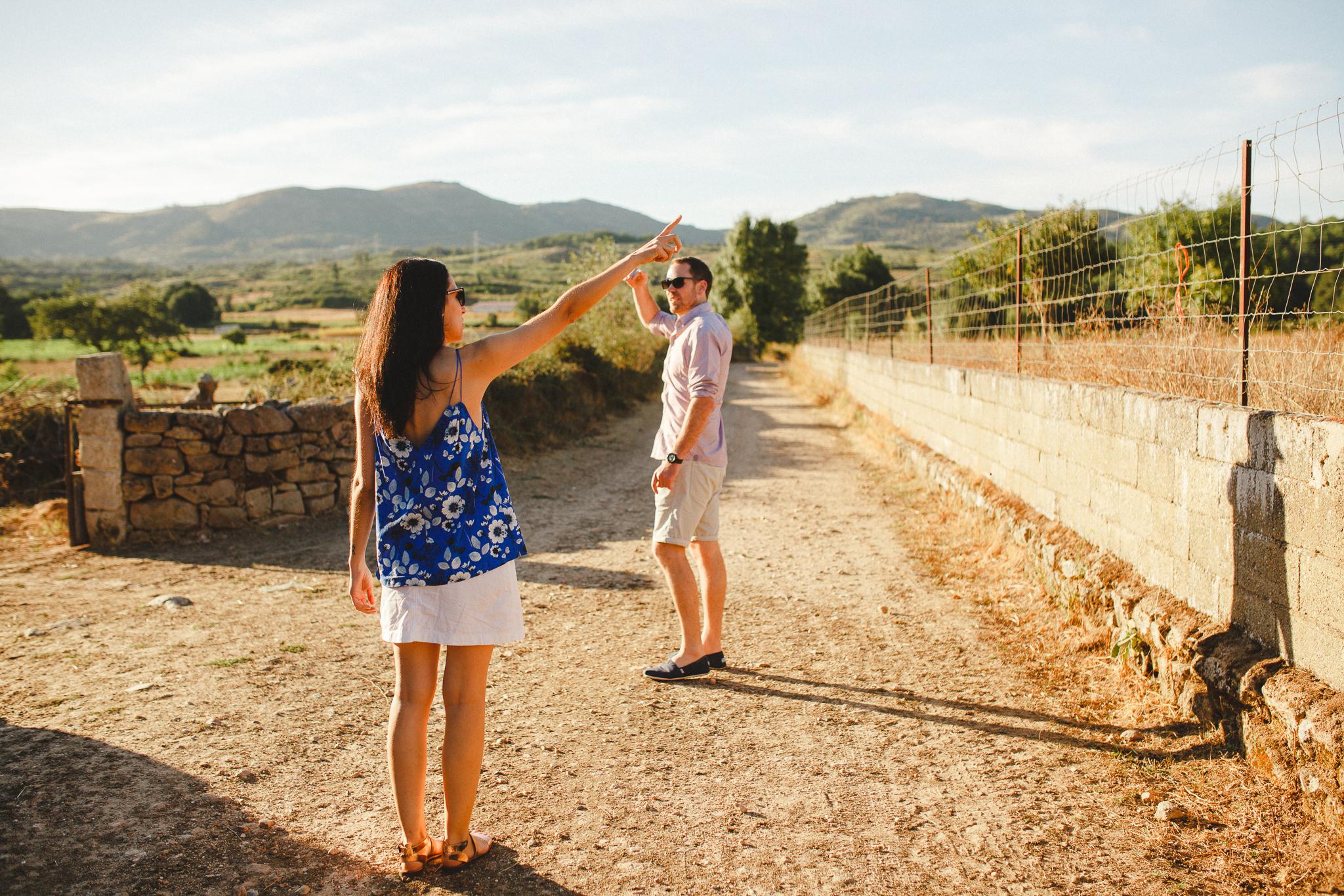 Sessão de Namoro Chaves, Engagement Photo Shoot in Portugal, Fotografia de Casamento Hello Twiggs