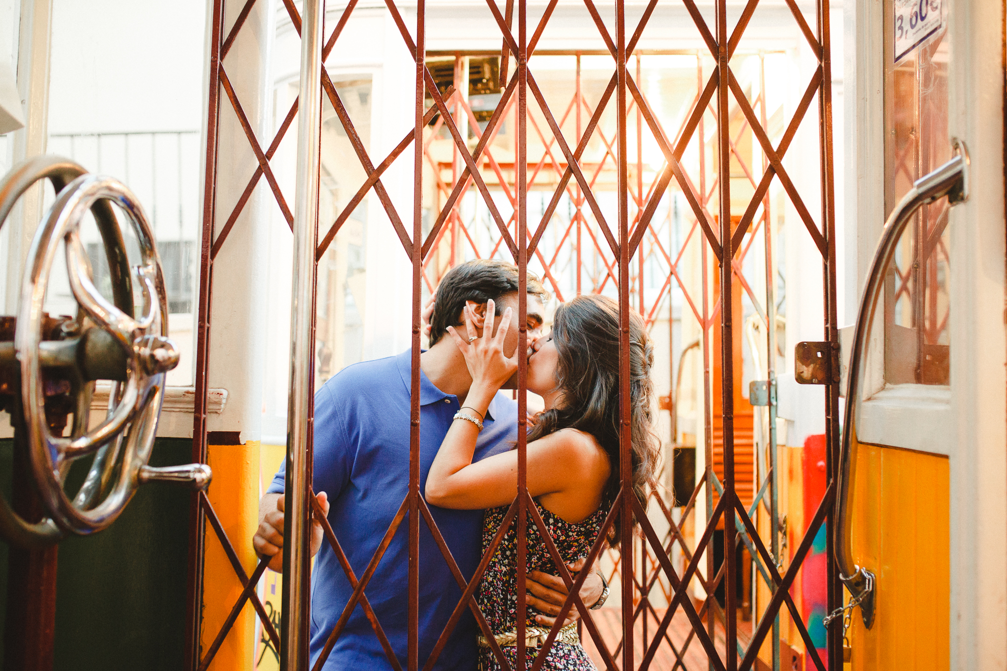 Sessão de Namoro em Lisboa, Engagement Shoot in Lisbon by Hello Twiggs