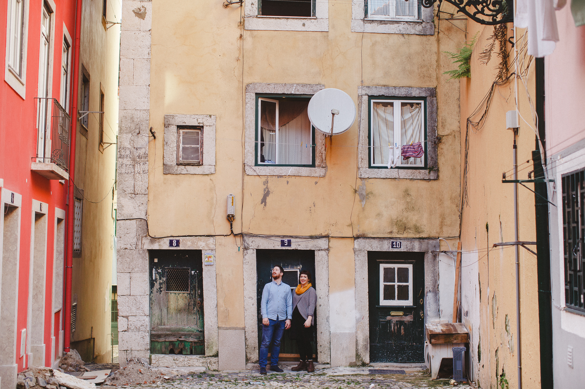 Destination Wedding Photographer in Portugal, Engagement Shoot in Lisbon, Sessão de Namoro em Lisboa por Hello Twiggs