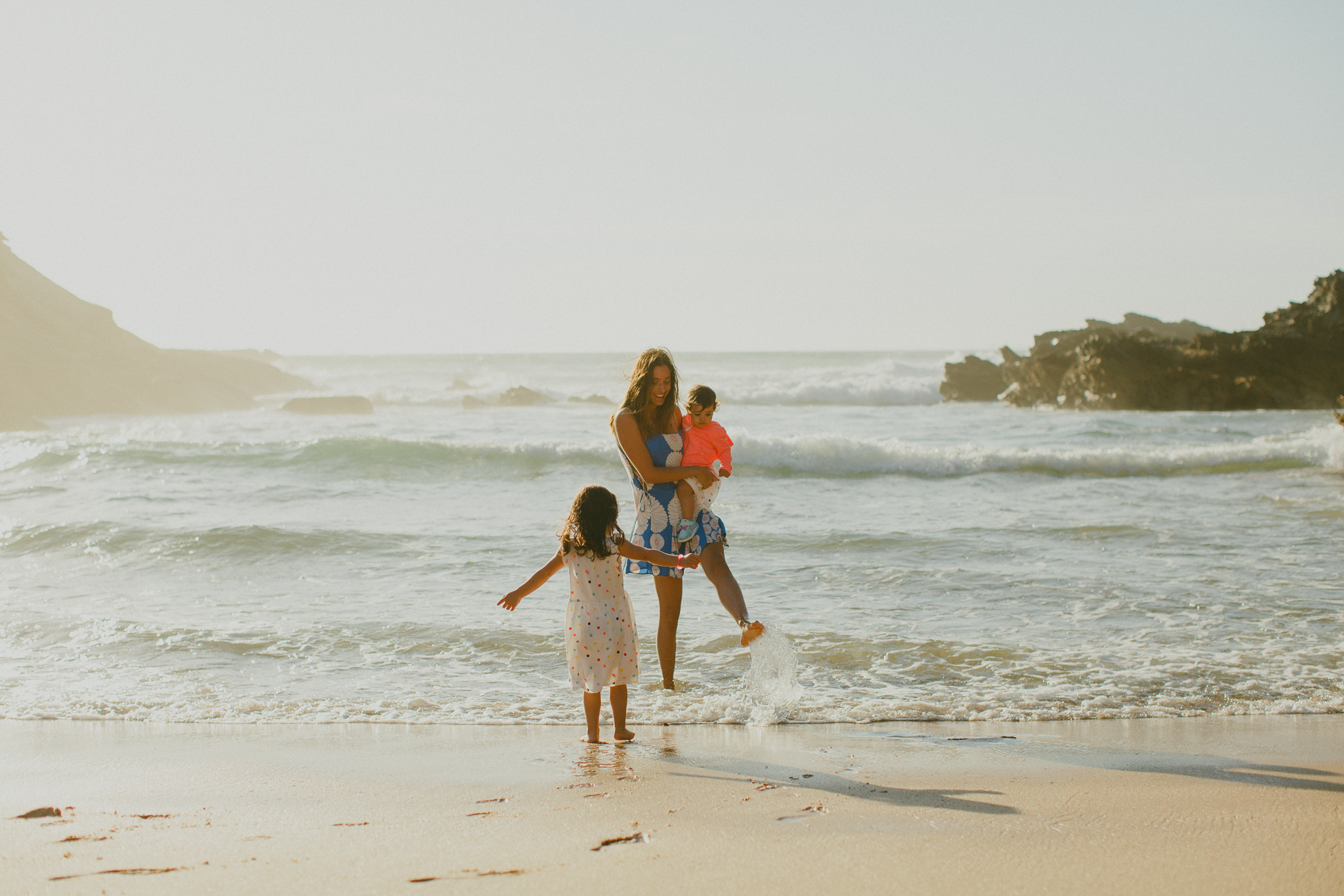 Beach Family Photo Shoot Portugal, Sessão de Família na praia, Sessão Fotográfica de Família Hello Twiggs