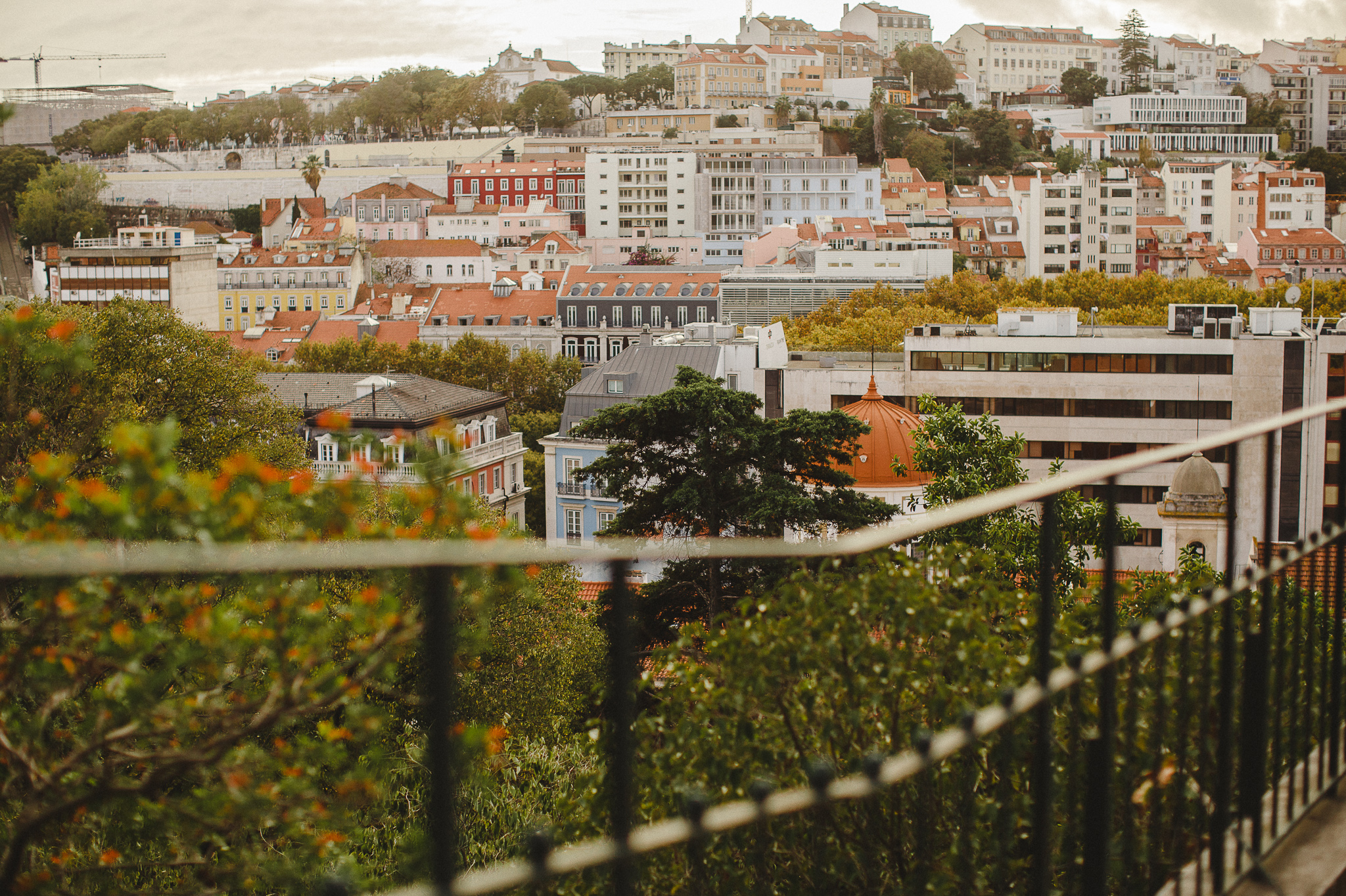 Overview of Lisbon at the end of the day, by Hello Twiggs.